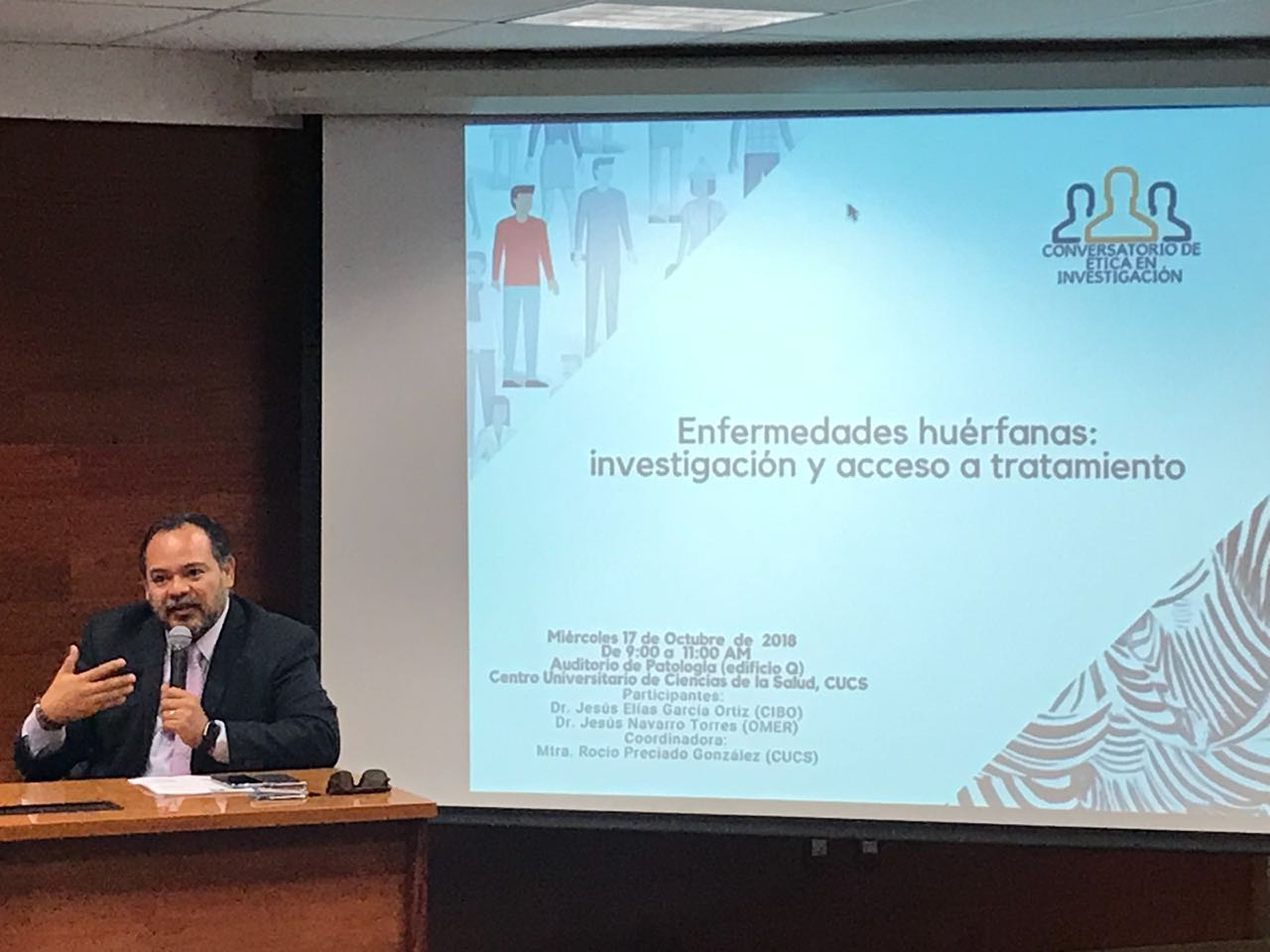 Dr. Elías García del CIBO en conferencia