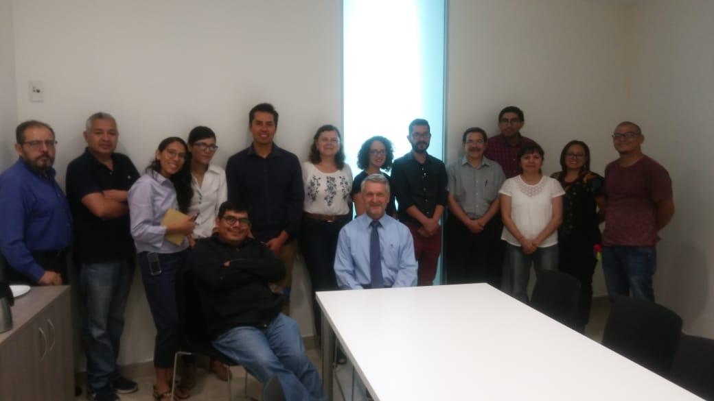 Grupo investigadores en visita al ITrans