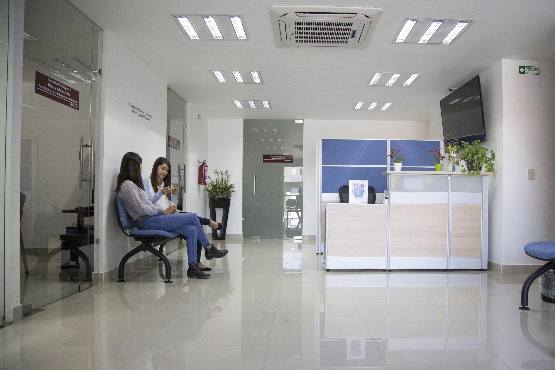Interiores de la Clínica de Salud Mental. Recepción