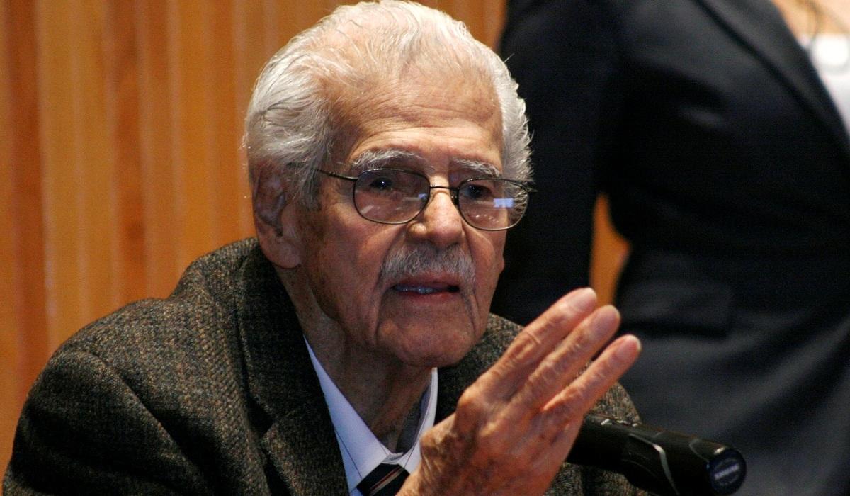 Dr. Mario Rivas Souza