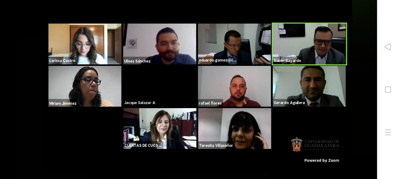 Captura de pantalla con los recuadros de cada uno de los participantes en el programa del Coloquio