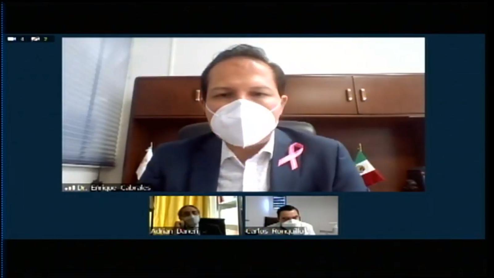 Captura de pantalla del Dr. Enrique Cabrales haciendo uso de la palabra