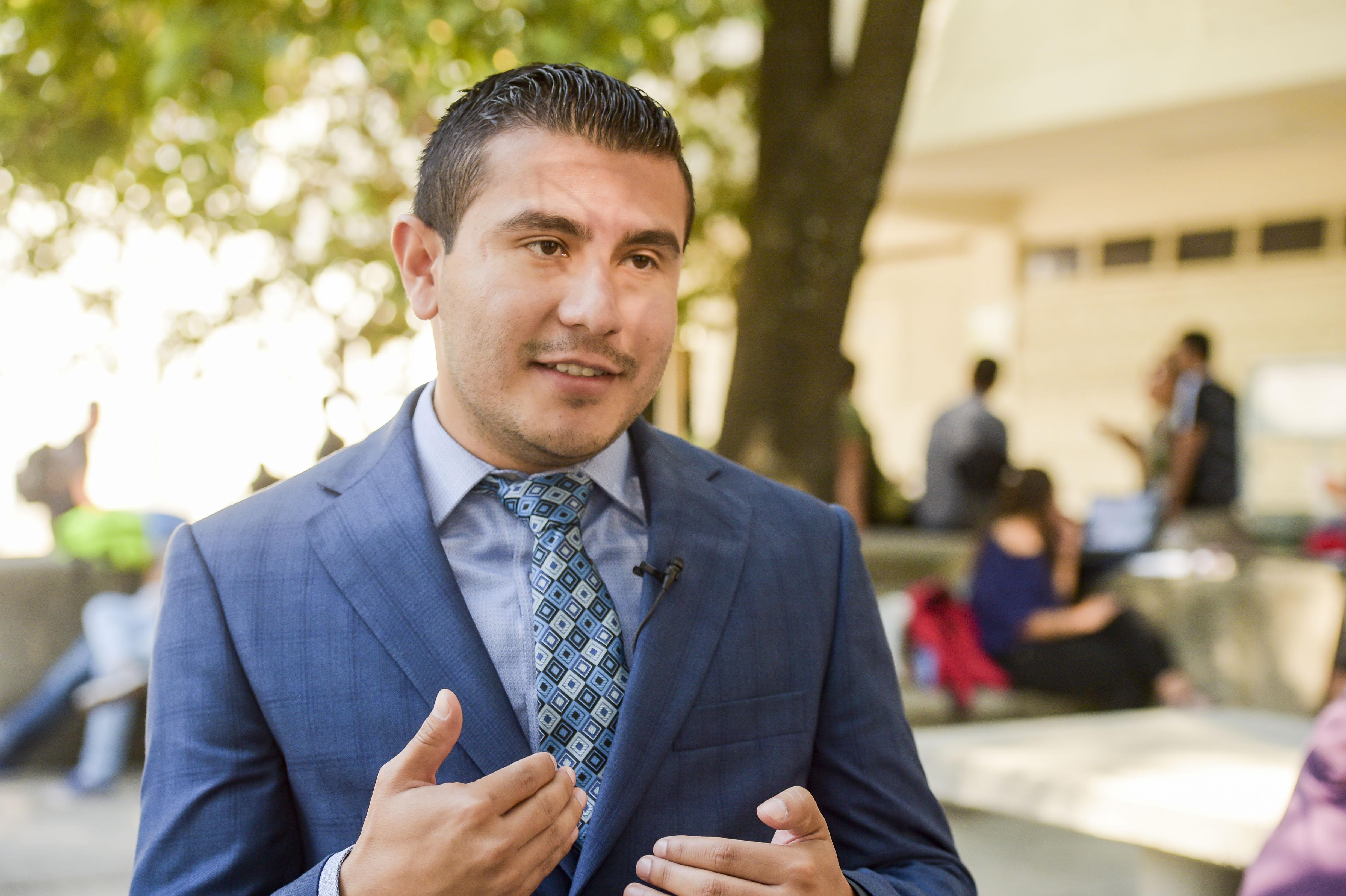 Mtro. Anthony Alonso García, coordinador de la Licenciatura en Cultura Física en entrevista