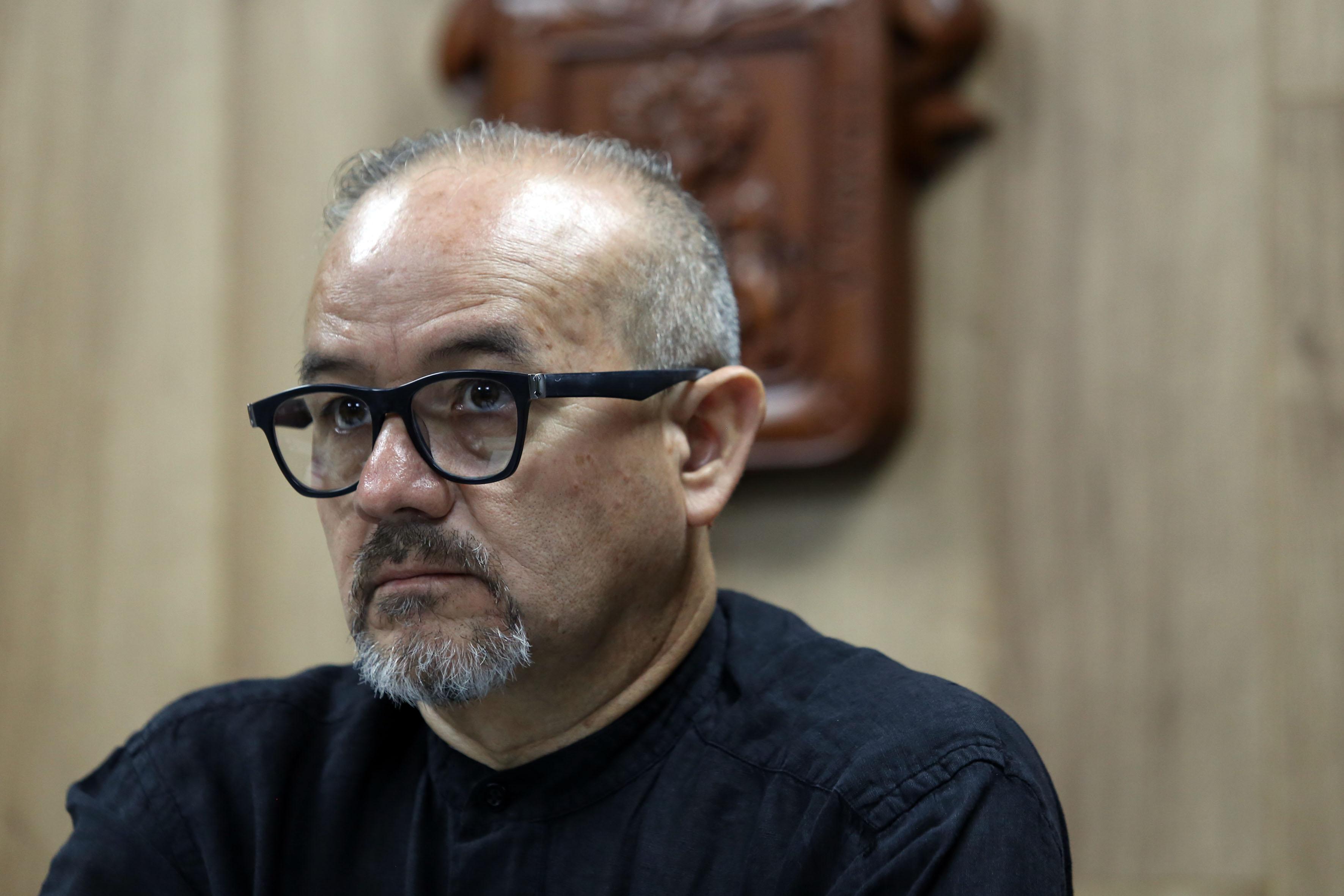 Dr. Guillermo Yanowsky en rueda de prensa