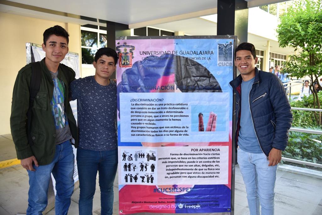 Alumnos exhiben su cartel