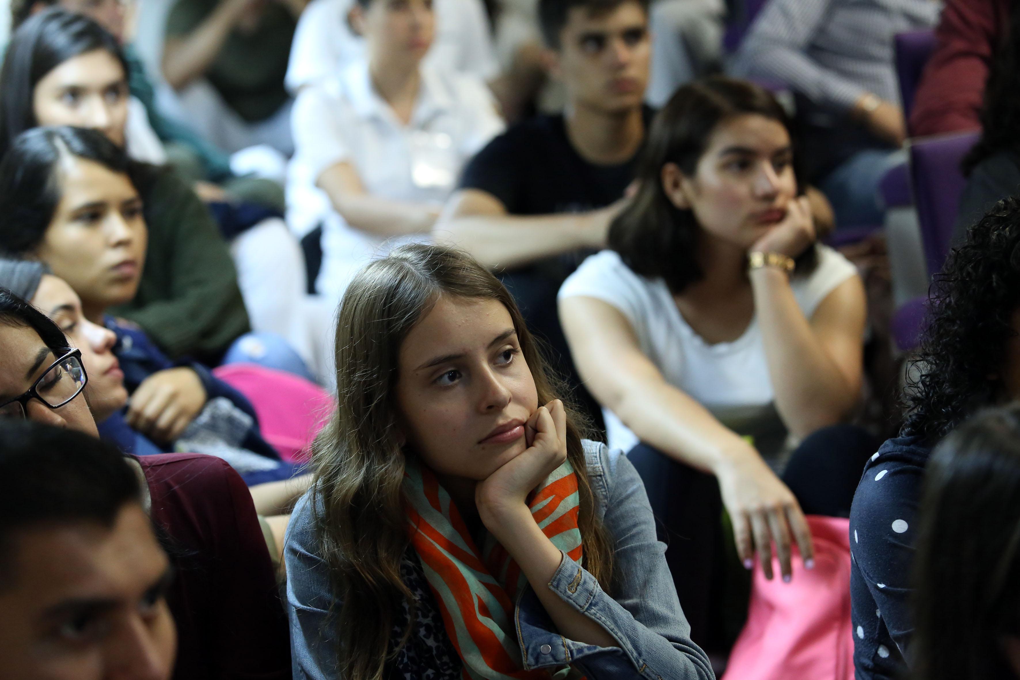 Alumnos asistentes al Simposio