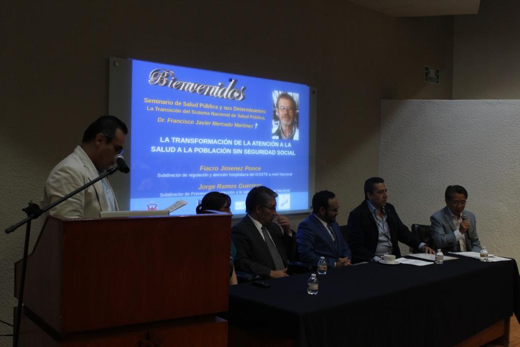 Diapositiva con el nombre de la conferencia y foto del Dr. Francisco Mercado