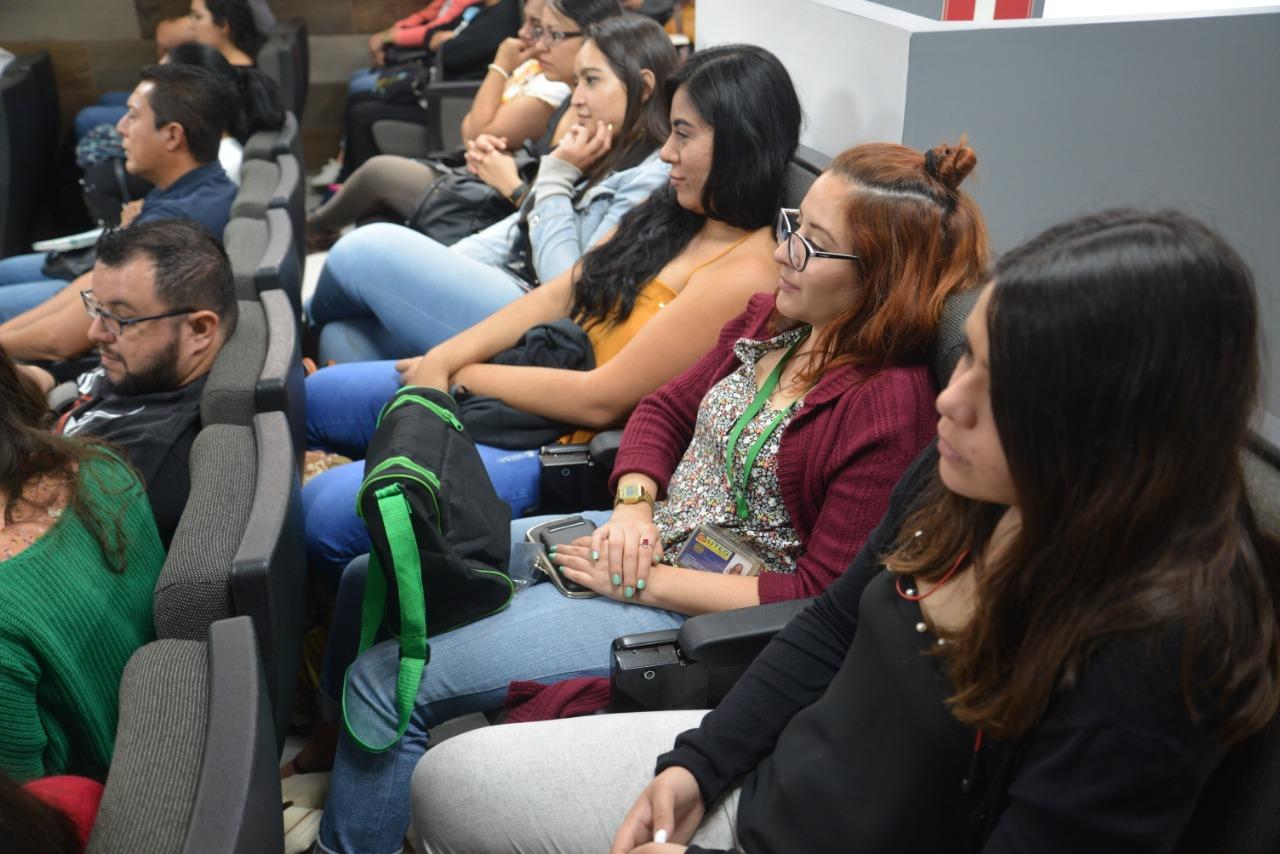 Estudiantes asistentes al Foro