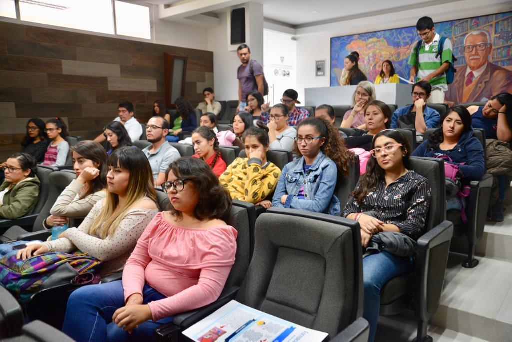Los asistentes, en su mayoría fueron alumnos de 4to y 5to semestre de psicología