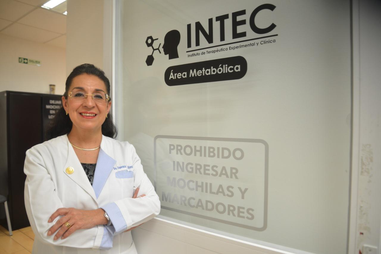 Dra. Esperanza Martínez