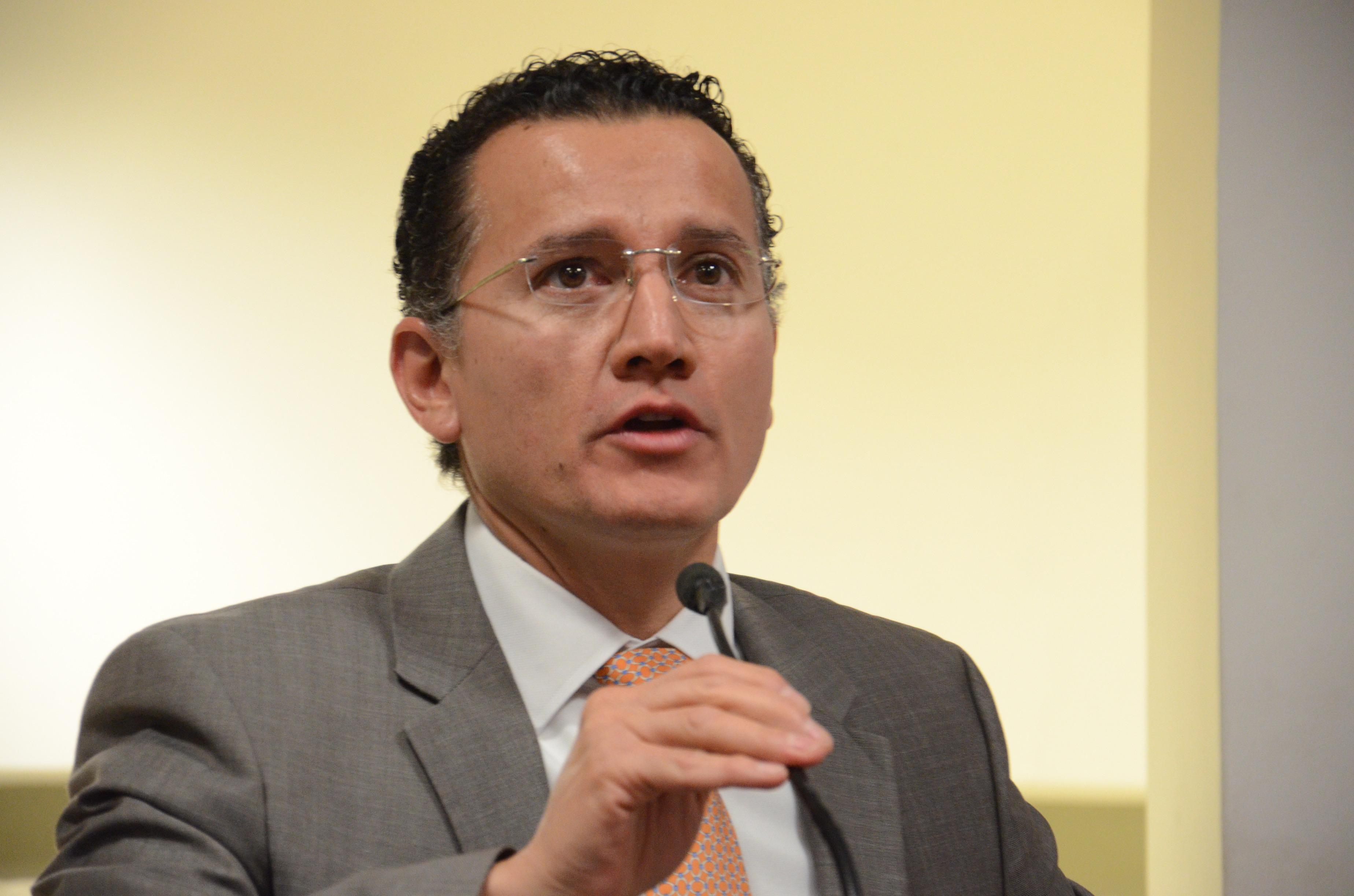 Dr. Eduardo Gómez declarando inaugurada la Asamblea