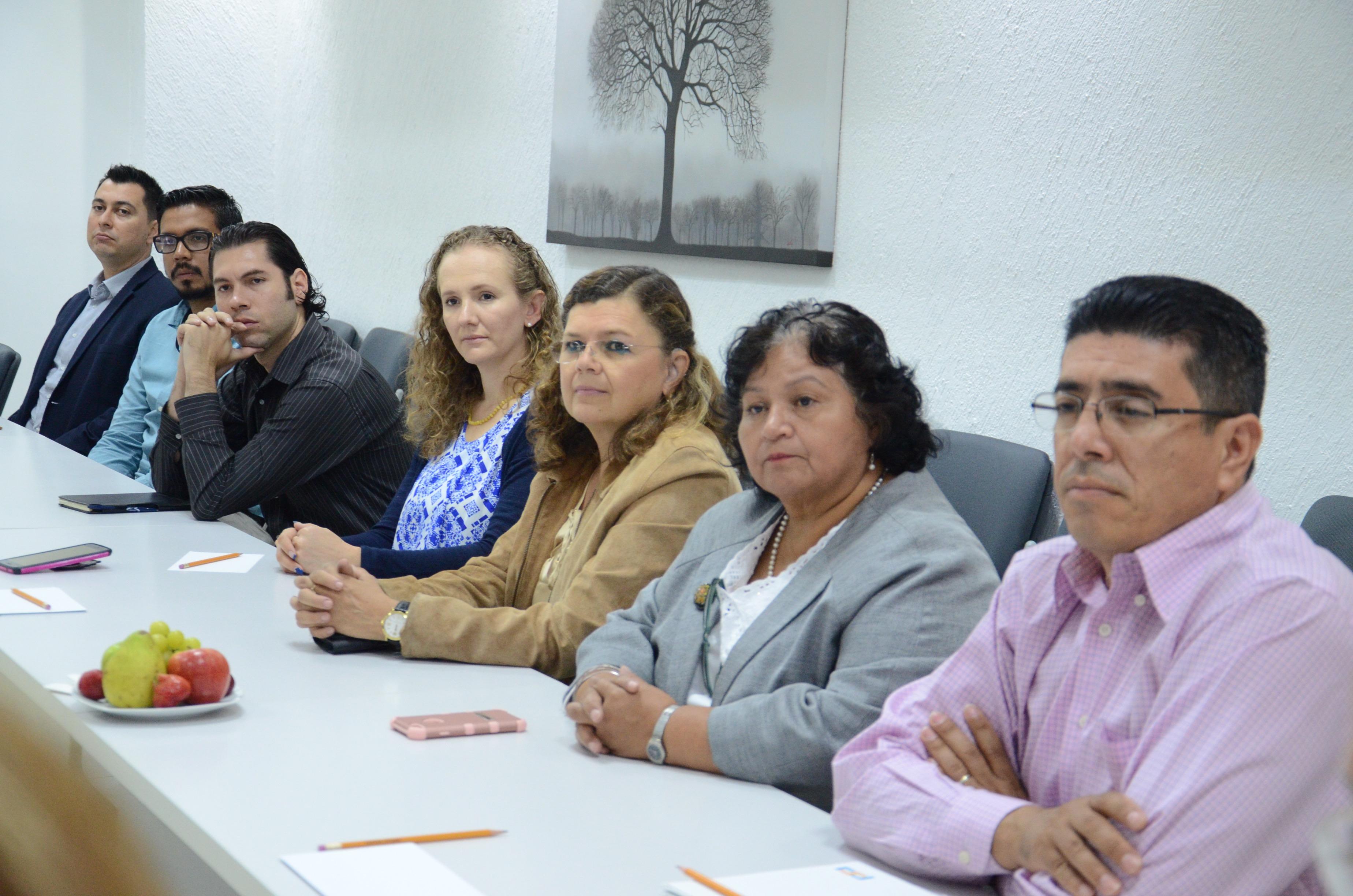 Profesores e investigadores del CUCS