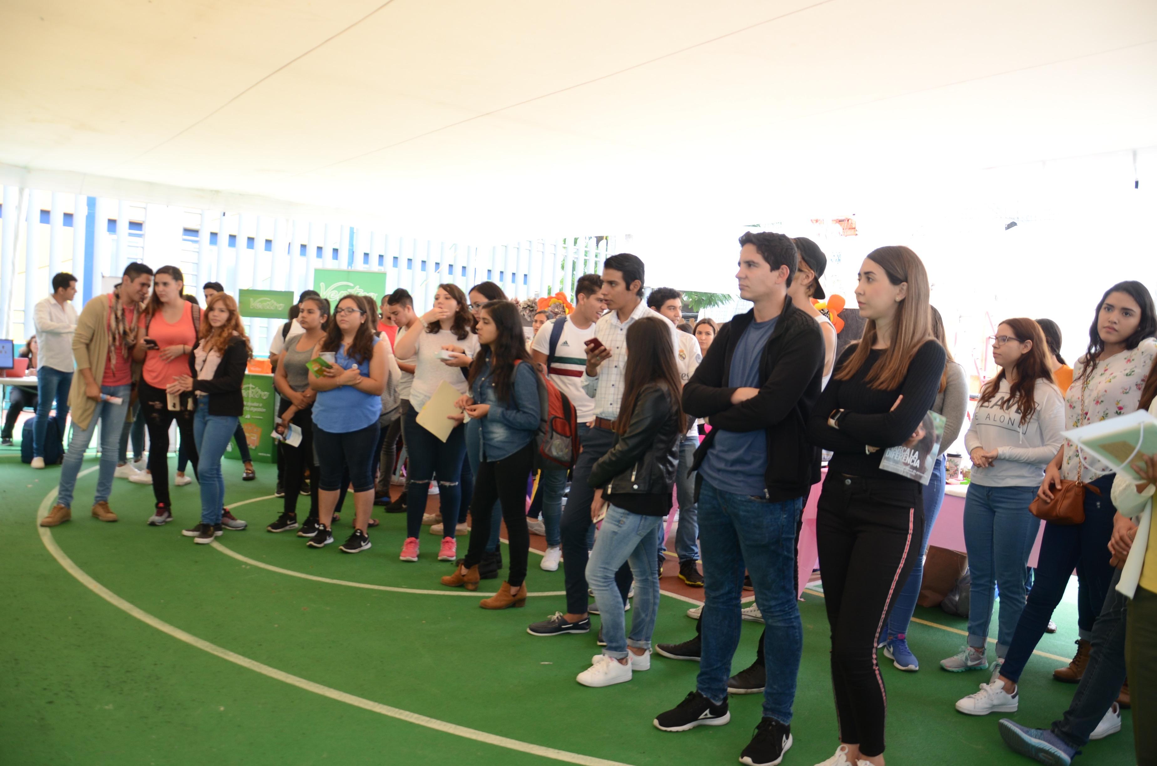 Participantes en la exposición