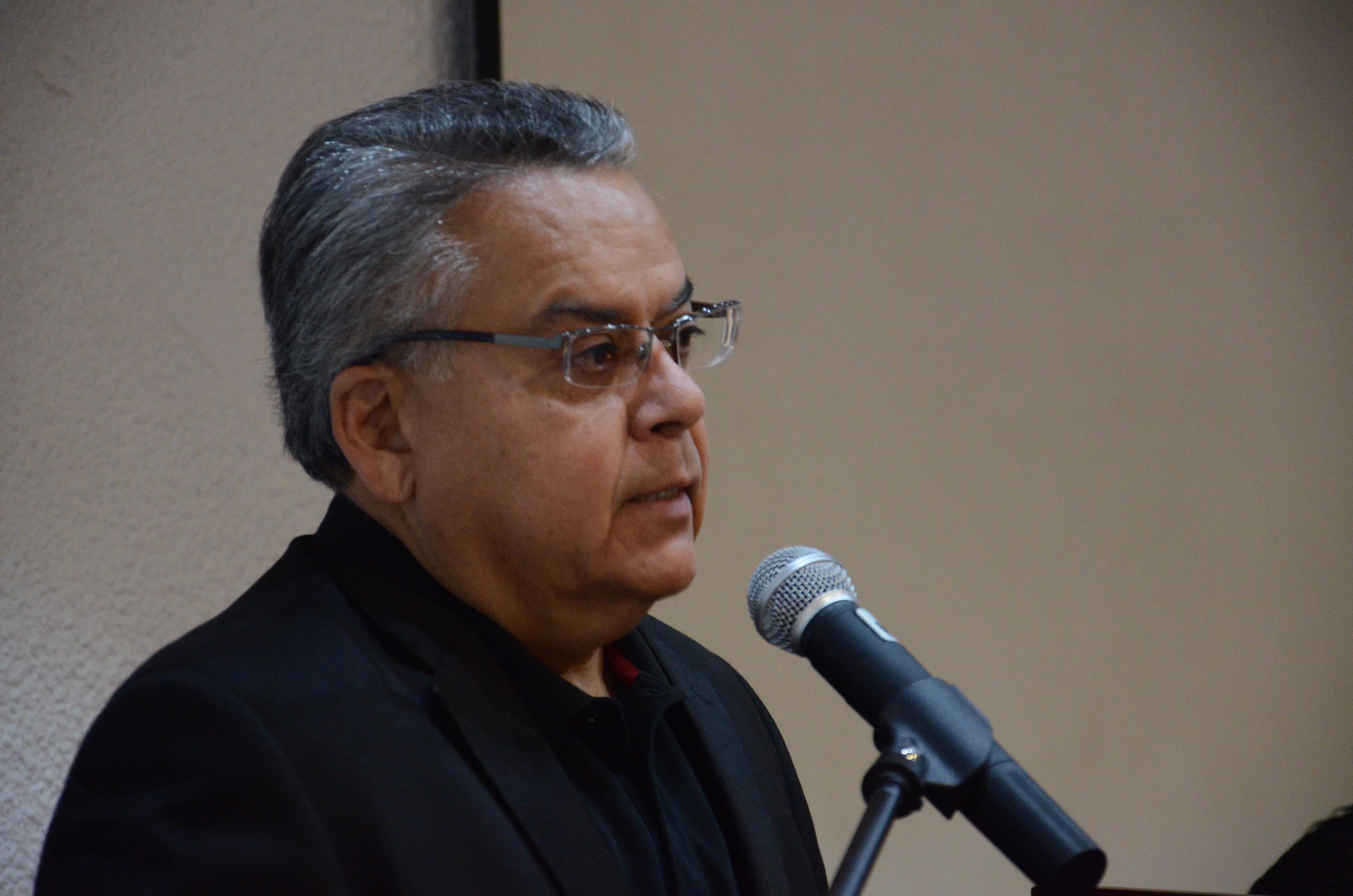 Dr. Salvador Chávez ofrece discurso de despedida