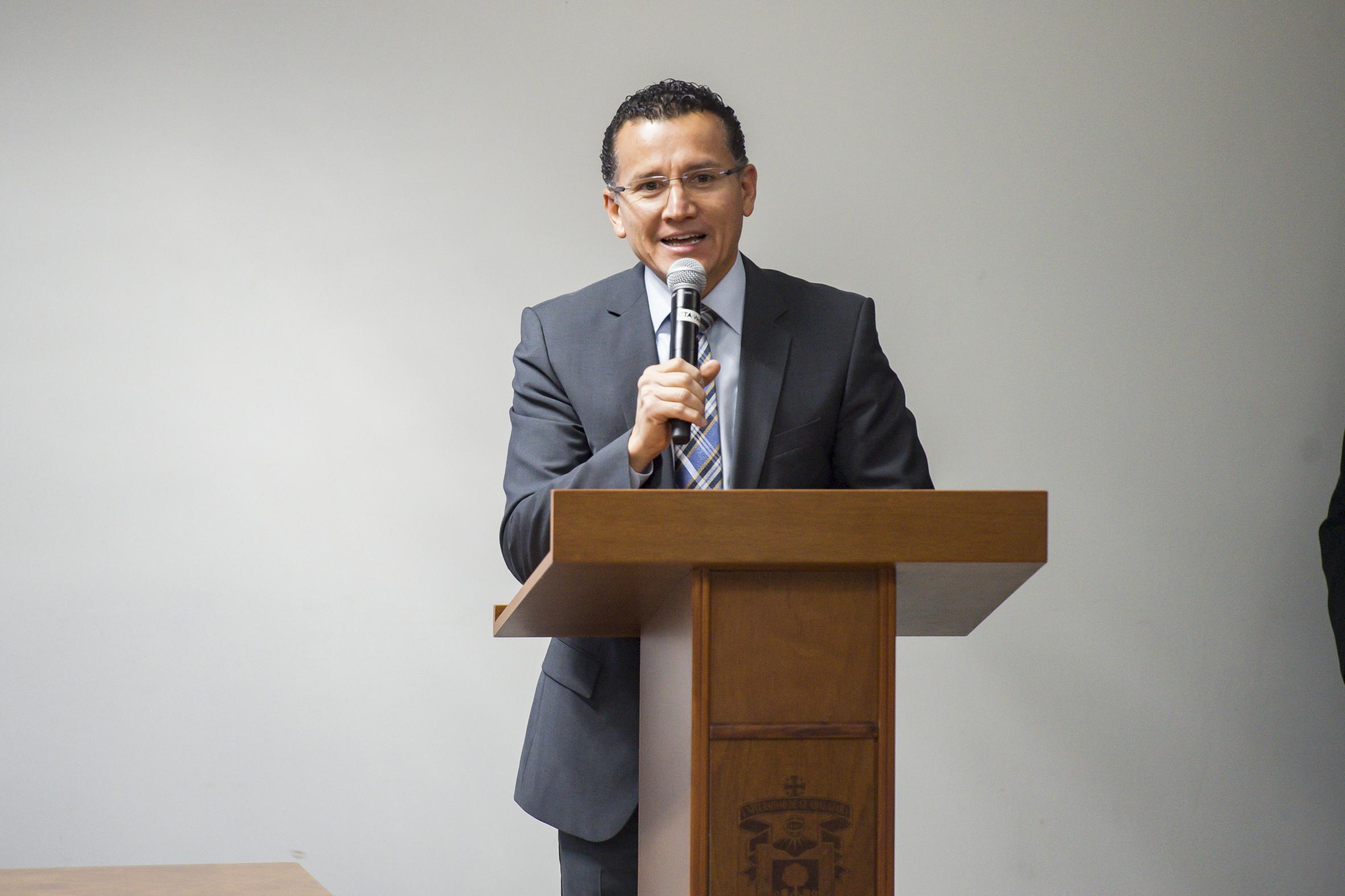 Dr. Eduardo Gómez inaugurando la 2da. Jornada Sexualidad
