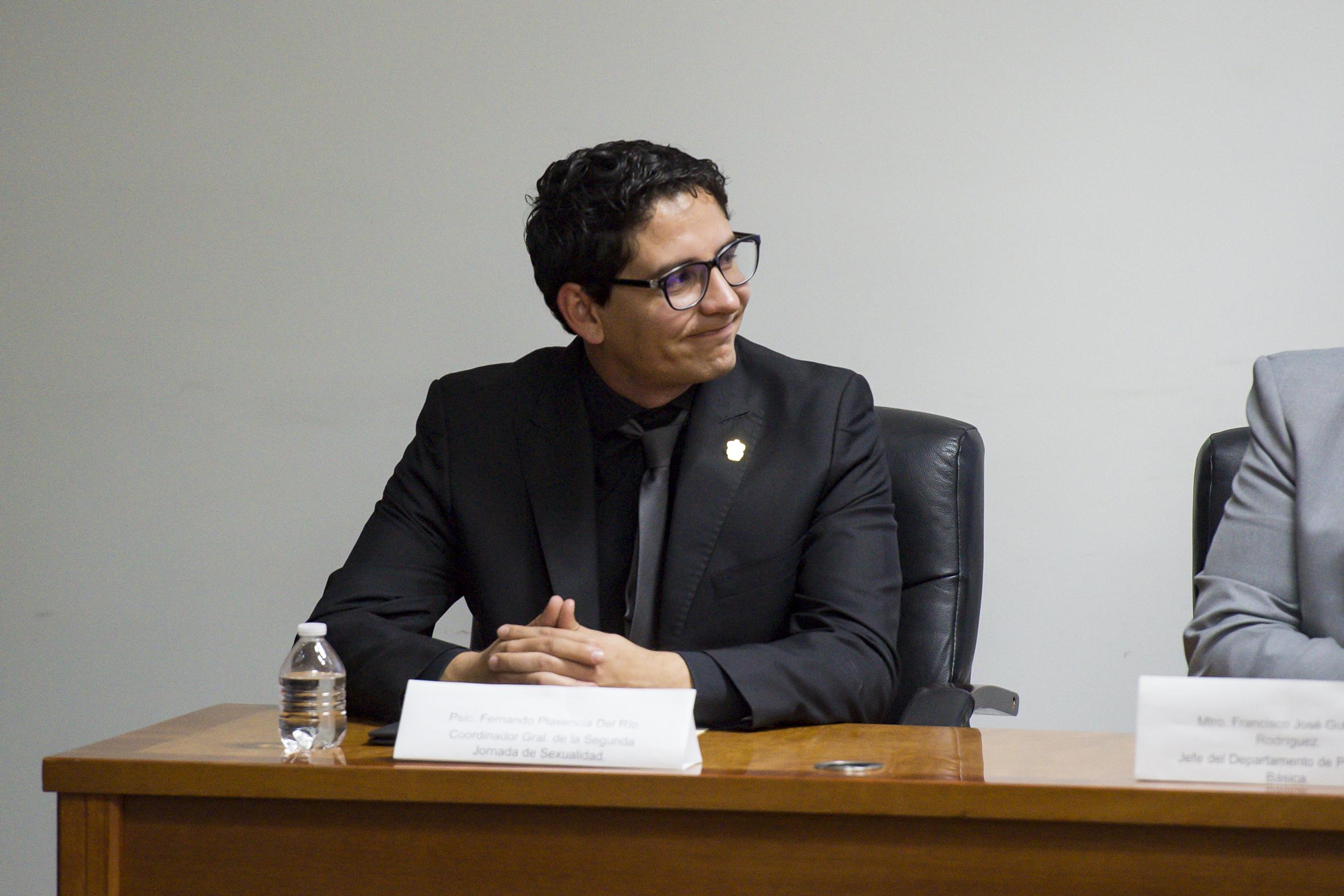 Lic. Fernando Plascencia, organizador del evento en el presídium