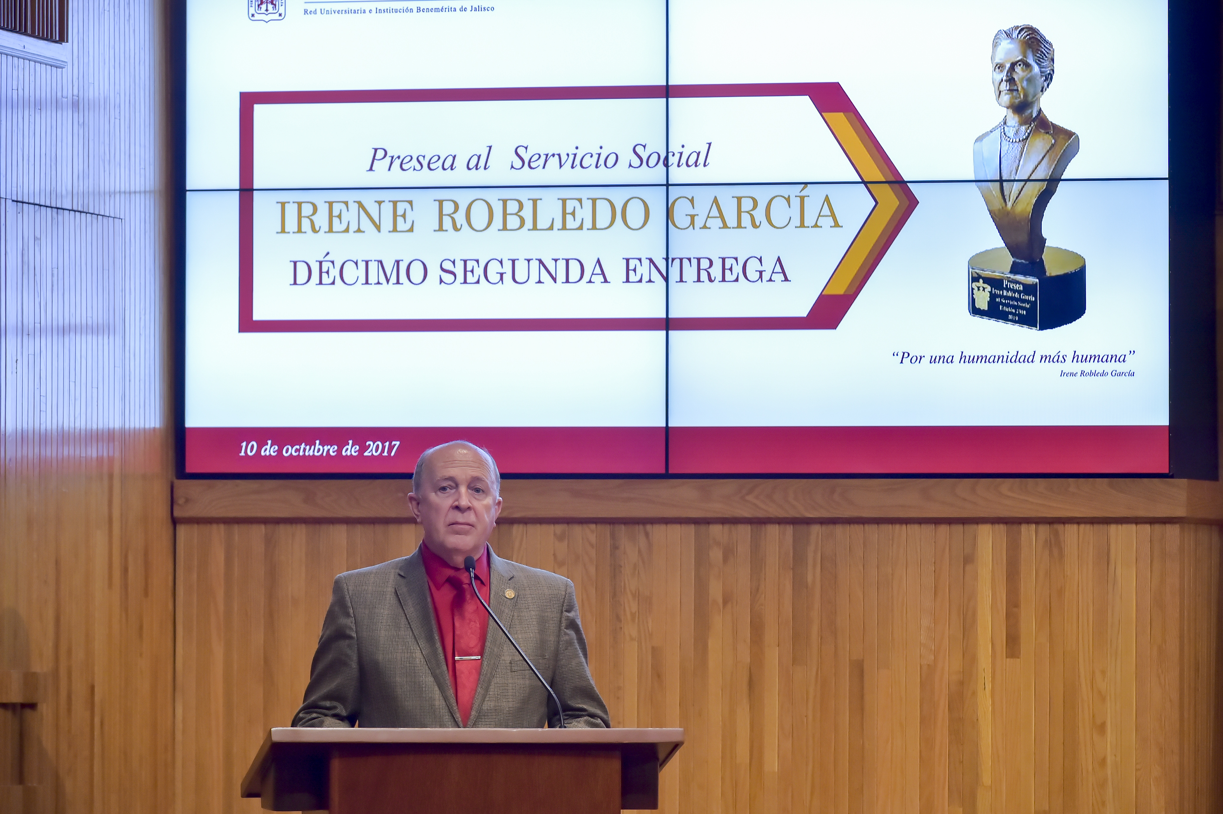 Vicerector de la UdeG, Dr. Miguel Ángel Navarro Navarro