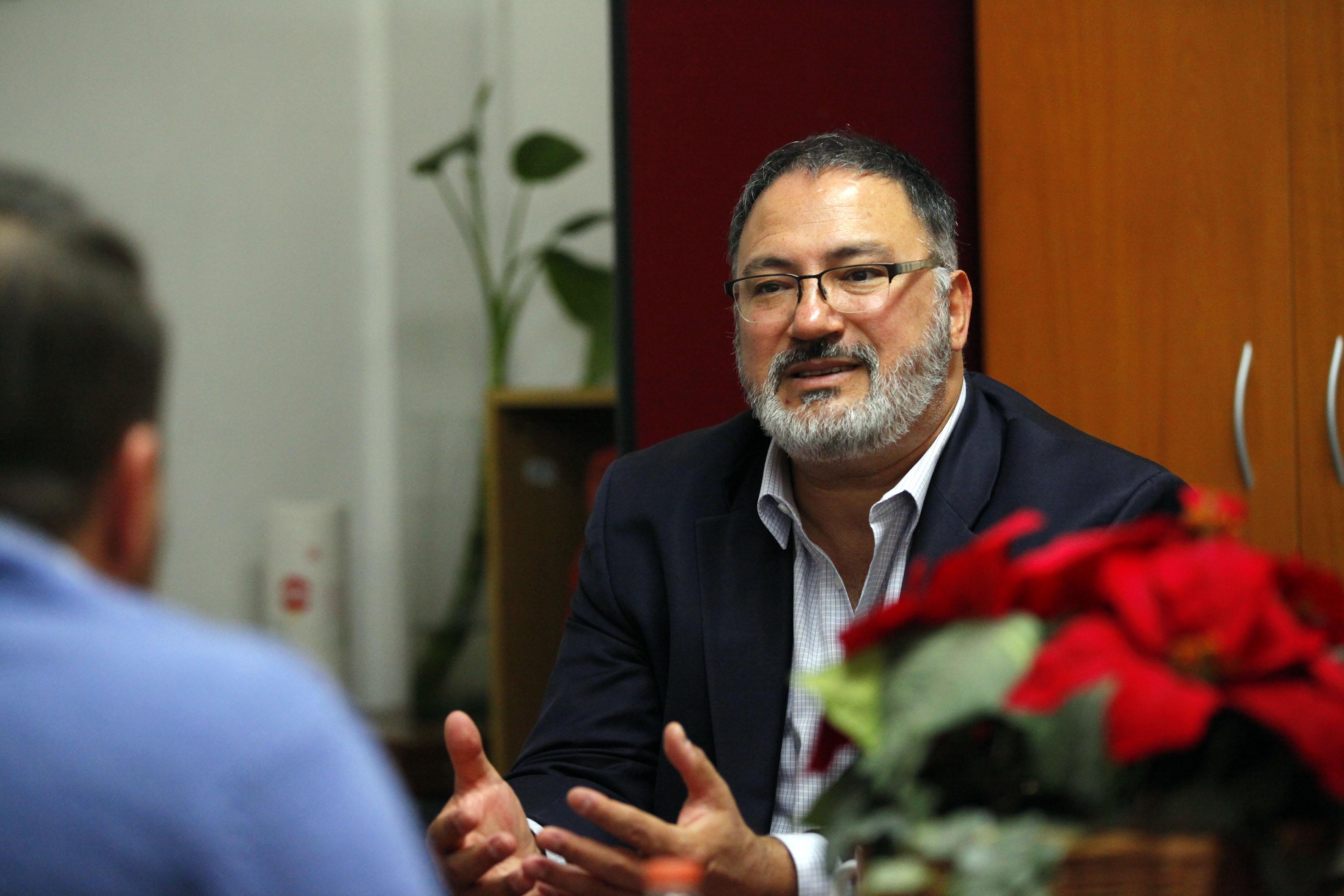 Dr. Ariel Pablos en entrevista