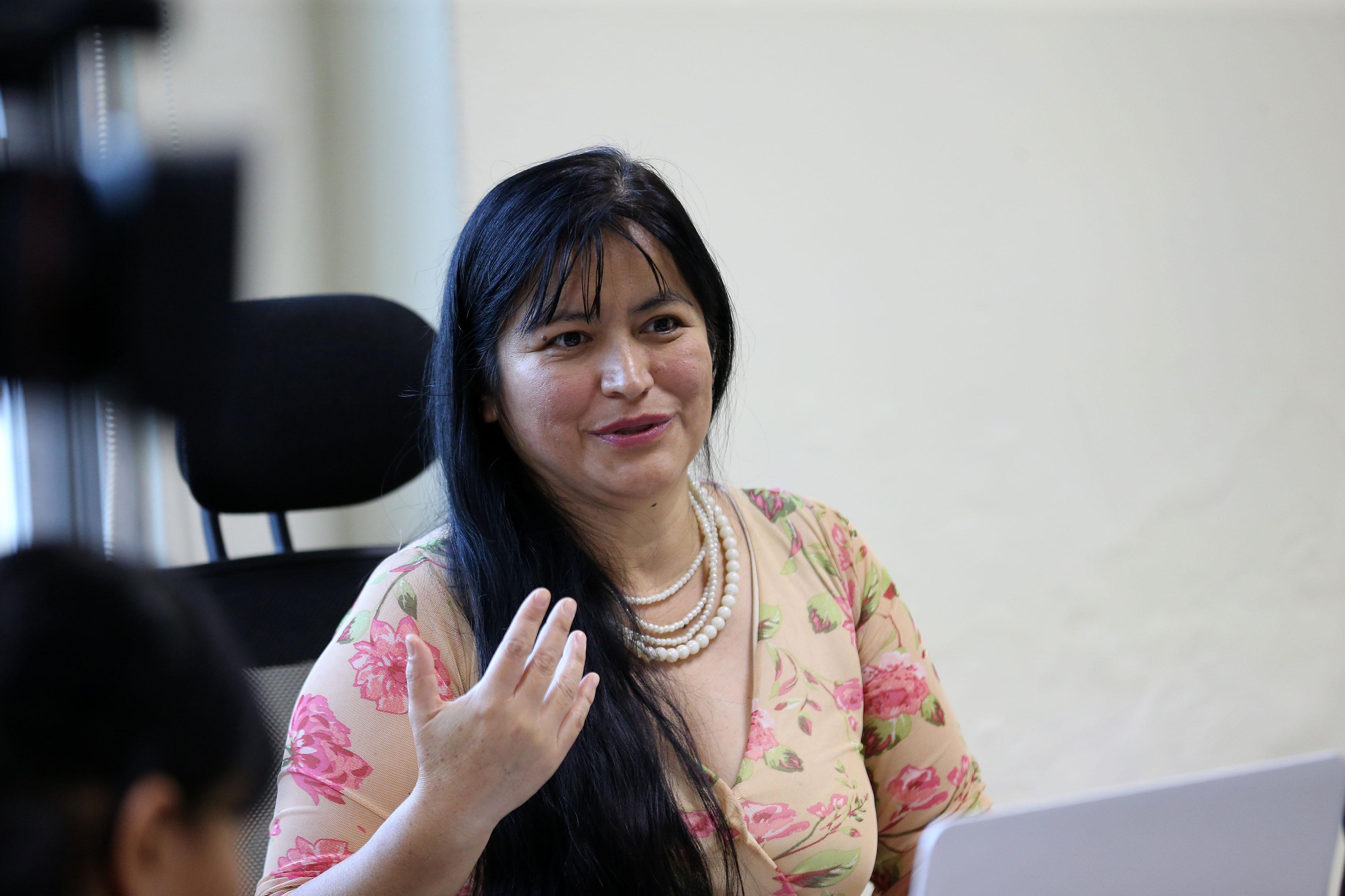 Dra. Laura Isabel Guillén Rico impartiendo conferencia en UDGVirtual