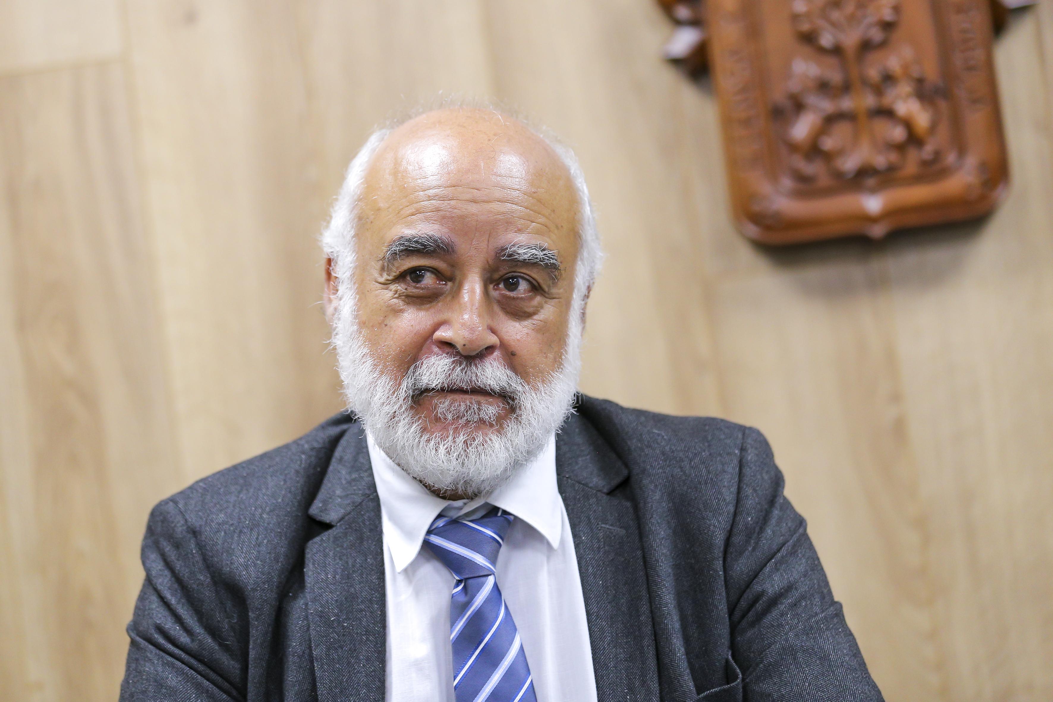 Director de Investigación del Instituto Pasteur de París, durante la rueda de prensa