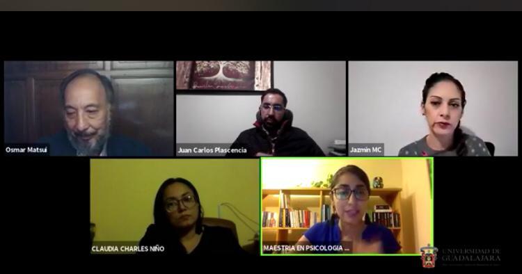 Captura de pantalla con ponentes interactuando en el Seminario
