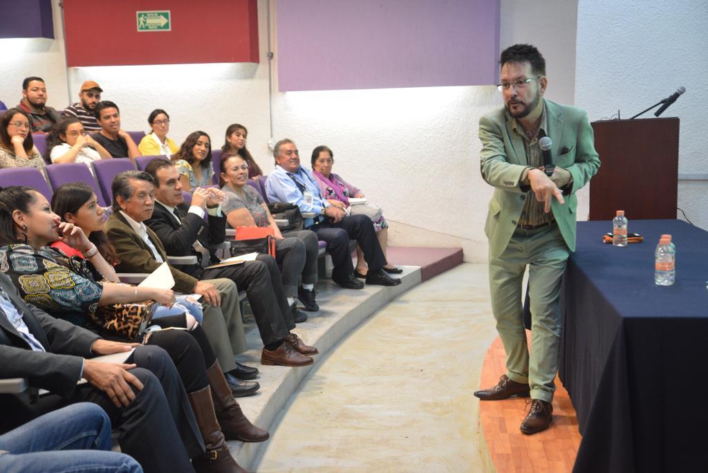,Dr. Rogelio Fernández Argüeyes
